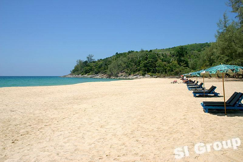 Пляж Най Тон