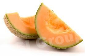 Дыня японская (оранжевая) Melon japanese Thai (тайское название): taeng mu Season (сезонность): all year round Availability (вид): Fresh and Frozen Packaging (упаковка): Tray or Carton Box