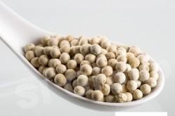 Перец белый White pepper (piper nignum) Thai : Prikthai dam Season: All year round Availability: dry seed end powder Packaging: Plastic bag and glass jar