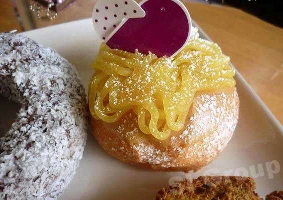 Thai Sweets: Donuts for every taste!