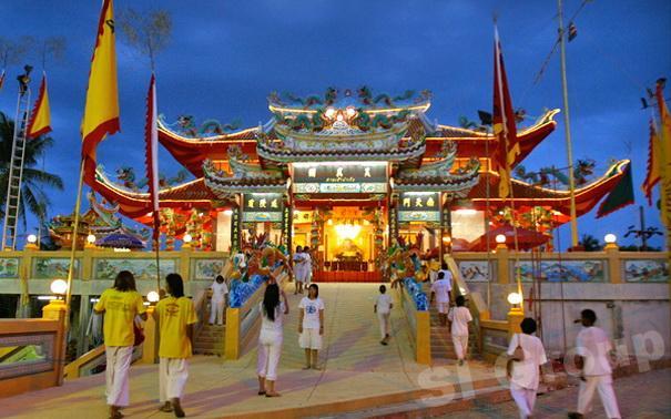 Phuket Excursões: templo chinês de Ta Rua Schein (Tha Rua Santuário)