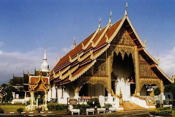 Экскурсии Чиан Май: Ват Чианг Ман (Wat Chiang Man)