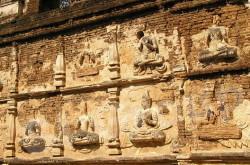 Храм Wat Jed Yod