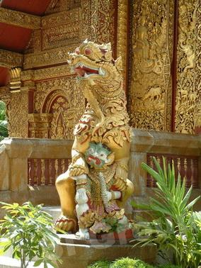 Экскурсии Чианг Май: Храм Ват Махаван (Wat Mahawan)