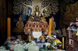 храм Ват Пхратхат Дой Кхам в Чианг Мае