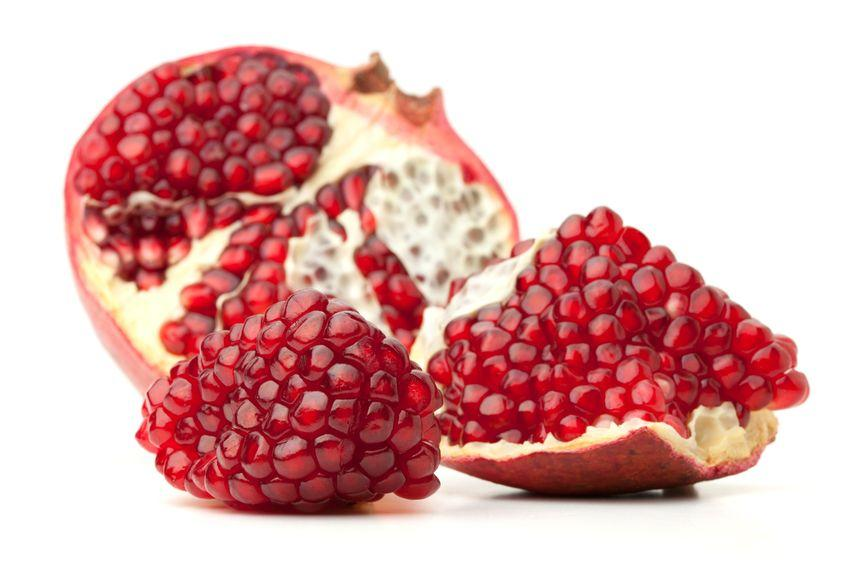 Гранат Pomegranate Thai (тайское название): Tap-Tim Season (сезонность): April - August Availability (вид): Fresh and Frozen Packaging (упаковка): Tray or Carton Box