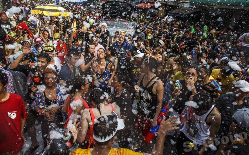 Тайский Сонгкран – Новый Год