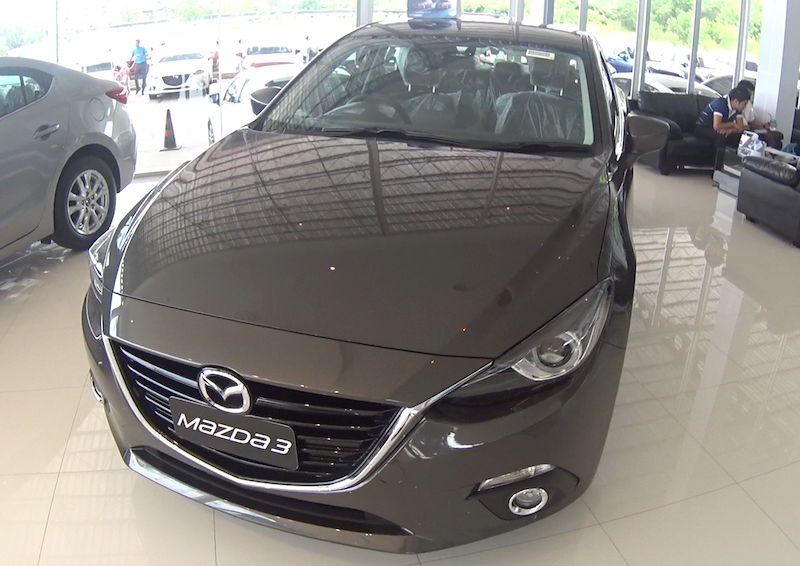 Video review of the vehicle Mazda 3 2016 years